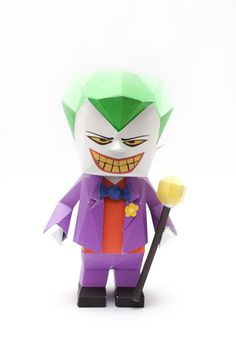 3D Paper Model Instruction - Teaching a toy, illustration, paper, photo paper three ways to model Jo Parker (The Joker Papercraft Model).