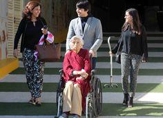 La señora Esperanza Valdez, demostró ayer que la pasión abarca una vida entera. Y es que a pocos días de cumplir 100 años de vida (24 de noviembre), continúa si