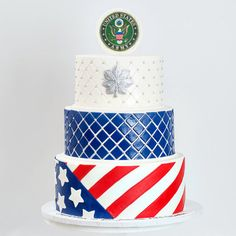 US Military Promotion Army cake with US Flag and silver oak leaf : Blue Lace Cakes Military Retirement Parties, Retirement Cakes, Retirement Ideas, Army Cake, Military Cake, Welcome Home Cakes, Military Welcome Home, Bubble Drink, Army Wedding