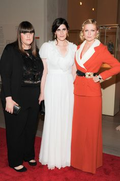 Mulleavey sisters...and Kirsten Dunst looking like a boss lady. I like the buckle to the side.