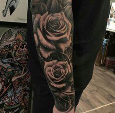 Embedded image motivation sleeve tattoos, flower tattoos и t Forarm Tattoos, Arm Sleeve Tattoos, Sleeve Tattoos For Women, Tattoo Sleeve Designs, Body Art Tattoos, Key Tattoos, Skull Tattoos, Tatoos, Rose Tattoos For Men
