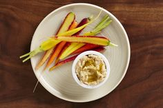 snack-carrots and white bean dip