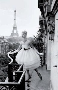 Luscious and sophisticated | www.myLusciousLife.com - Mannequin a la Tour Eiffel, 1958, by Christian Lemaire