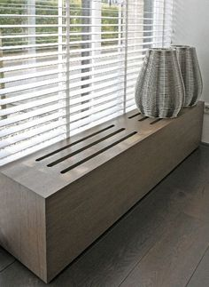 Diy Radiator Cover, Plywood Shelves, Window Benches, Paint Colors For Living Room, Home Living Room, Interior Design Living Room, Home Furniture, Decoration, Parapet