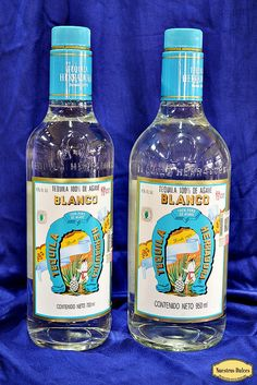 Tequila Herradura Tequila, Booze Traveler, Vodka Bottle, Drinks, How To Make, Horse Shoes, White People, Drink, Beverage