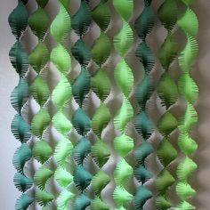 These fringed backdrop streamers are great for many themed parties. Jungle, dinosaur, Where the Wild Things Are and more. Each set includes 100 gram quality 3 Lime, 3 Moss and 3 Forest Green streamers. Each streamer is 6.5 inches wide and 8.5 feet long