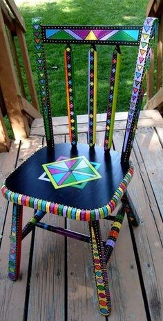 Painted Chair and other furniture, frames, etc. Art Furniture, Funky Furniture, Colorful Furniture, Repurposed Furniture, Furniture Projects, Furniture Makeover, Furniture Stores, Painting Furniture, Diy Projects