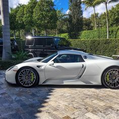 «@chasezimmerman & @spjeweler heading out in the Porsche 918 »