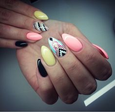 I like these except I think I'd change the pinky finger colour to a more pastel colour to tie in with the patterned nail.