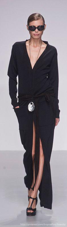 Daks at London Fashion Week Spring 2014 - StyleBistro Runway Fashion, Fashion Show, Fashion Looks, Womens Fashion, Fashion Design, London Fashion, Fashion Trends, Mode Style, Style Me