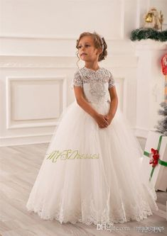 Pretty Scoop White Floor Length Ball Gown Flower Girl Dresses with Short Sleeves Girls Christmas Dress Girls Birthday Formal Party Dress