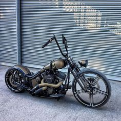 Harley Davidson Bobber Night Train harley davidson fat bob Davidson V Rod Galleries. Custom Choppers, Custom Harleys, Custom Motorcycles, Custom Bikes, Custom Sportster, Custom Cycles, Custom Bobber, Chopper Motorcycle, Bobber Chopper