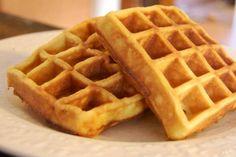 ¡Insólito! Crean ventas de waffles en forma de pene