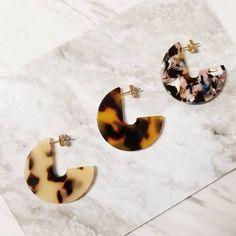 DearSoho - Tortoise Hoop Earrings