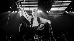David Bowie: legendary rock star dies of cancer aged 69 – latest updates | Music | The Guardian