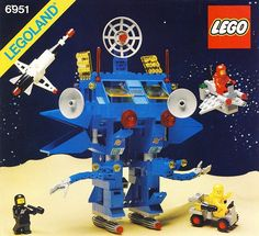 LEGO® 6951 Robot Command Center: Had this as a kid, tracked it down a few years ago. Lego Space from the are still the best sets Legos, Bionicle Lego, Lego Mecha, Lego Vintage, Bloc Lego, Technique Lego, Lego Australia, Best Lego Sets, Classic Lego
