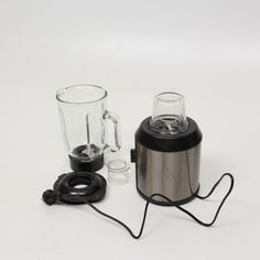 Stolní mixér Camry CR4058Stav zboží: používáno, funkční, dobrý vizuální stav, příslušenství:džbán, nůž pro drcení ledu, odměrka, sekáčekObecný popis: model: cr 4058, počet rychlostí: 2, příkon [w]: 1500, objem nádoby ...zobrazit celý obecný popis Stav, Kettle, Mixer, Kitchen Appliances, Led, Diy Kitchen Appliances, Tea Pot, Home Appliances, Boiler