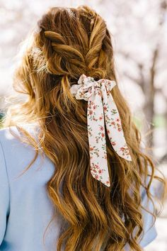 This long bow scrunchie has the most beautiful floral design! With a cute mix of blush florals and greenery! These scrunchies are so feminine and will add such aadorabletouch to your looks! There are so many ways to wear them! *Long Bow Scrunchies are not included in themix & match discount codes due to higher p