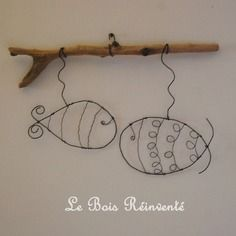 Risultati immagini per fil de fer et bois flottés Wire Crafts, Diy And Crafts, Metal Crafts, Sculptures Sur Fil, Deco Marine, Wire Art Sculpture, Art Projects, Projects To Try, Wire Flowers
