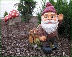 Gnomes welcomed at Chelsea this year only! www.thedirtdiaries.com