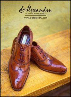 d'Alexandru - Povestea pantofilor bărbăteşti pe comandă Manufacturaţi în Bucureşti, BURSA 28.02.2017 Men Dress, Dress Shoes, Oxford Shoes, Lace Up, Fashion, Formal Shoes, Oxford Shoe, Moda, La Mode
