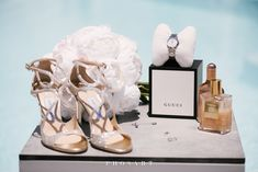 Behold the absolute summer destination wedding at the most breathtaking spot of Santorini: Le Ciel terrace! Chelsea and George, a young and beautiful. Wedding Shoes, Dream Wedding, Wedding Day, Wedding Planner, Destination Wedding, Santorini Wedding, Glamorous Wedding, Bridal Looks, Wedding Accessories