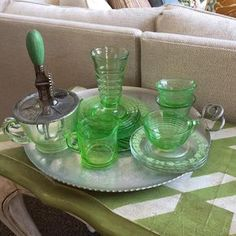 A #gathering of #vintage #greens for #stpattysday The two larger plates were recently gifted to me by a dear friend @jillywalker50 I love them!! May the luck of the Irish be with you all, today and every day!! ☘️🍀☘️ #thursdaytrays #depressionglass #ifeellucky
