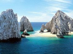 Cabo San Lucas villa rental - The famous Cabo Arch is viewable from anywhere
