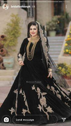 Asian Wedding Dress Pakistani, Pakistani Fancy Dresses, Pakistani Fashion Party Wear, Pakistani Dress Design, Stylish Dress Book, Stylish Dresses For Girls, Wedding Dresses For Girls, Black Bridal Dresses, Bridal Outfits