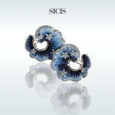 A princess dream: necklace, earrings and ring in stunning blue Micro Mosaic, white Gold and Diamonds.