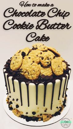 How to make a cookie butter-filled Chocolate Chip Cookie Cake! Chocolate chip cake layers, rich cookie butter filling, covered with buttercream, a ganache drip, and a pile of cookies! Chocolate Chip Cookies, Cake Chocolate, Mini Cakes, Cupcake Cakes, Cake Recipes, Dessert Recipes, Thanksgiving Cakes, Gateaux Cake, Cake Decorating Tips