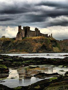 Tantallon_Castle_