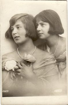 thefirstwaltz: Grand Duchess Kira Kirillovna of Russia and her cousin, Princess Ileana of Romania. Their mothers, Grand Duchess Victoria Melita and Queen Marie respectively, were sisters. Victoria Reign, Victoria And Albert, Queen Victoria, Victoria Prince, Women In History, British History, Tsar Nicolas Ii, Royal Families Of Europe, Anna