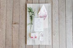 Convite de casamento - Foto Juliana Kneipp Fotografia e Maria Toscano