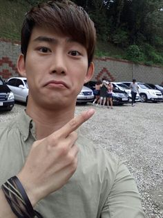 taec selcas are the best Jay Park, Korean Fashion Men, Korean Men, Korean Boy Bands, South Korean Boy Band, Ok Taecyeon, Twice Fanart, Dream High, Listening To Music