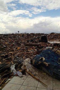 Tornado damage in Peoria, Illinois today. Prayers to them.