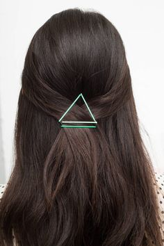 BOBBY PIN HACKS AND EASY HAIRSTYLE IDEAS: A bobby pin's sole job is to hold your hairstyle together, but now they're working overtime, serving as your strands' must-have accessories. Here, 16 cool ways to expose your favorite hair tool. Click through to learn how to create 15 easy and sexy styles featuring bobby pins including braids, buns, updos, and more fun ideas.