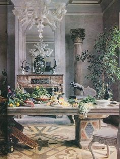 The Peak of Chic®: Constance Spry