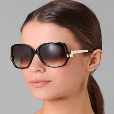 SUNGLASSES FOR A ROUND FACE | How To Choose Sunglasses For Your Face Shape - Types Of Sunglasses For ...