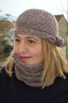 Hey, I found this really awesome Etsy listing at https://www.etsy.com/listing/174579738/marron-sparkling-hand-knitted-hat-and