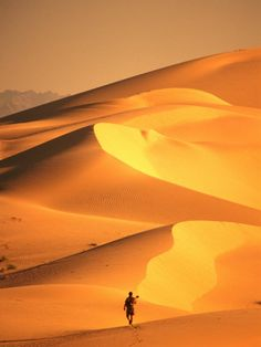 Hiking Over the Algodones Dunes in the Imperial Sand Dunes Recreations Area, USA