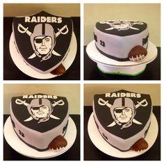 Snelson Snelson Snelson Snelson Snelson Bowers You make this for me? Raiders Cake, Raiders Stuff, Raiders Girl, Raiders Football, Oakland Raiders, 41st Birthday, My Birthday Cake, Cute Cupcakes, Cupcake Cookies
