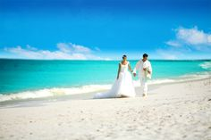 "Beach Weddings at Beaches Turks and Caicos for the New Year? We think, ""Yes!"""