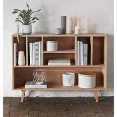 DRESSER WITH 7 COMPARTMENTS