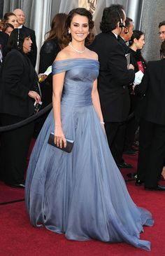 Penelope Cruz - 2012 Oscars - organza Girogio Arimani off-the-shoulder gown.