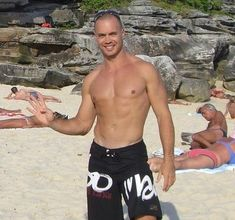 """Chris """"The Kiwi"""" Ashenden: Loss in a Sentence, the Pros/Cons of Supplements, and How to be Happy"""
