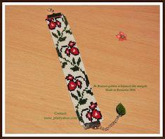 Button Crafts, Loom Beading, Floral Tie, Beadwork, Helmet, Beaded Jewelry, Charm Bracelets, Beaded Rings, Ring Bracelet