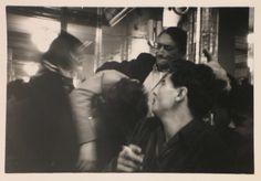 Een Avond in St. Claude Parijs - 1950, Ed van der Elsken