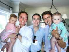 Photo of 'World's Hottest Prime Minister' Justin Trudeau With Gay Family Goes Viral