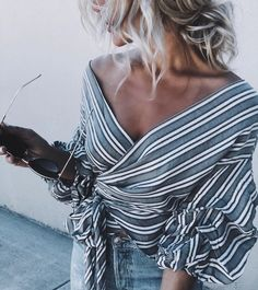 Striped Knit V-Neck Top – boholooks Summer Outfits, Cute Outfits, Mode Shoes, Look Boho, Looks Street Style, Inspiration Mode, Fashion Mode, Striped Knit, Passion For Fashion